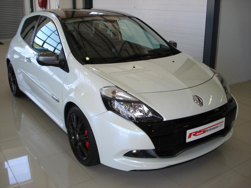 2011 renault clio rs 20th anniversary edition for sale r 199 000 rs performance cars. Black Bedroom Furniture Sets. Home Design Ideas
