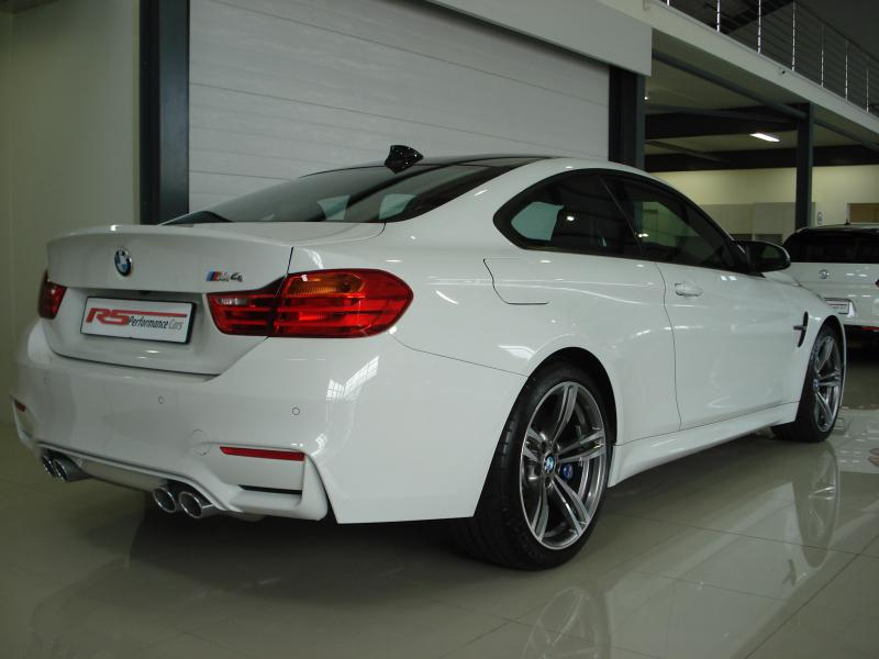 2014 bmw m4 coupe m dct for sale r 1 279 000 rs performance cars quality pre owned. Black Bedroom Furniture Sets. Home Design Ideas