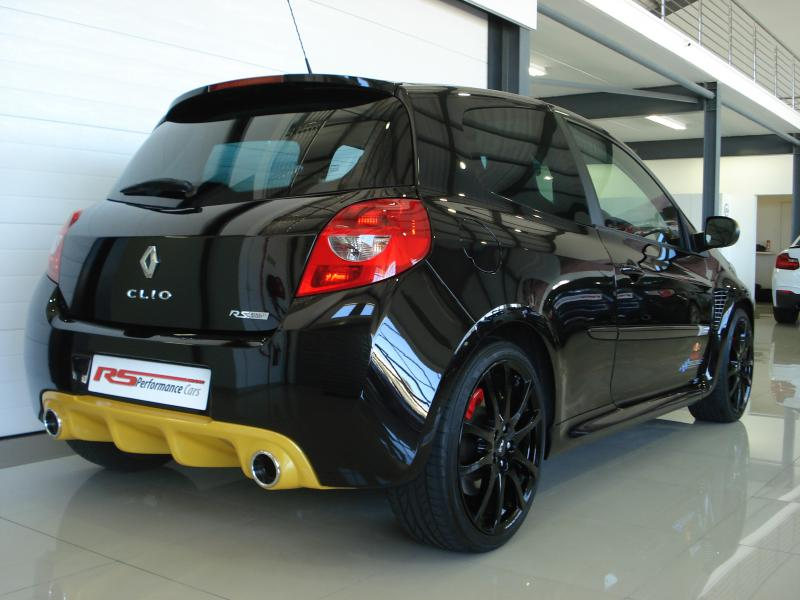 2013 renault clio rs red bull racing rb7 for sale r. Black Bedroom Furniture Sets. Home Design Ideas