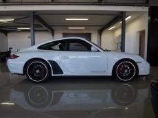 2011 Porsche 911 Carrera GTS - Side