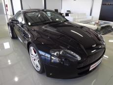 2006 Aston Martin V8 Vantage Coupe - Front 3/4