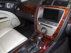 2007 Jaguar XKR Coupe (4.2 S/C) - Interior