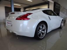 2012 Nissan 370Z Coupe A/T + Nav - Rear 3/4