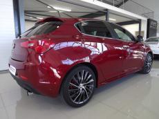 2013 Alfa Romeo Giulietta 1750 TBi QV - Rear 3/4
