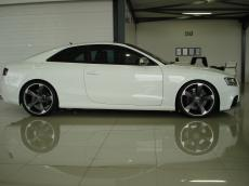 2011 Audi RS5 Coupe 4.2 FSI quattro S tronic - Side