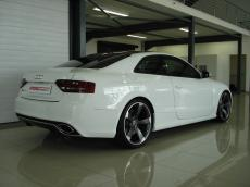 2011 Audi RS5 Coupe 4.2 FSI quattro S tronic - Rear 3/4