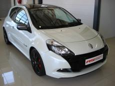 2011 Renault Clio RS 20th Anniversary Edition - Front 3/4