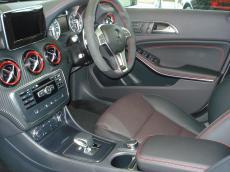 2014 Mercedes-Benz A45 AMG 4MATIC - Seats