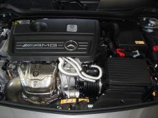 2014 Mercedes-Benz A45 AMG 4MATIC - Engine