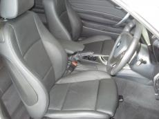 2010 BMW 135i Sport Coupe DCT - Seats