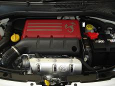 2013 Abarth 500 Convertible - Engine