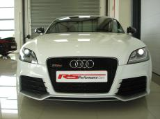 2010 Audi TT RS quattro Coupe - Front
