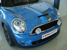 2012 Mini Cooper S 'Bayswater' Special Edition - Front
