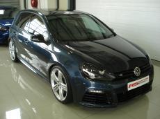 2011 Volkswagen Golf VI 2.0 TSI R DSG - Front 3/4