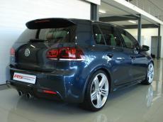 2011 Volkswagen Golf VI 2.0 TSI R DSG - Rear 3/4