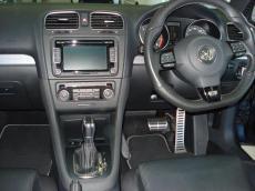 2011 Volkswagen Golf VI 2.0 TSI R DSG - Interior