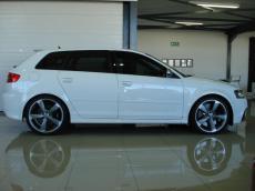 2012 Audi RS3 Sportback S tronic - Side