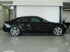 2008 Audi S5 4.2 V8 quattro Coupe (M/T) - Side