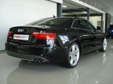 2008 Audi S5 4.2 V8 quattro Coupe (M/T) - Rear 3/4