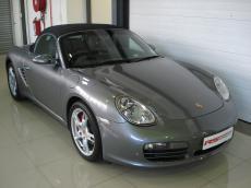 2005 Porsche Boxster S (987) - Front 3/4