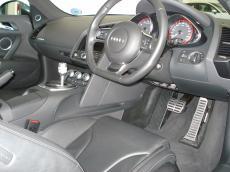 2009 Audi R8 V10 5.2 FSi quattro R tronic - Interior