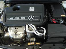 2014 Mercedes-Benz A45 AMG 4MATIC - Engine