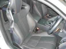 2014 Jaguar F-Type S Coupe - Seats