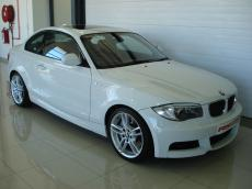 2013 BMW 135i Coupe M-Sport DCT - Front 3/4