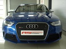 2013 Audi RS4 Avant quattro S tronic - Front