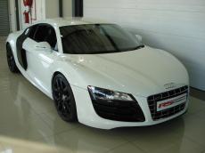 2011 Audi R8 5.2 V10 quattro M/T - Front 3/4