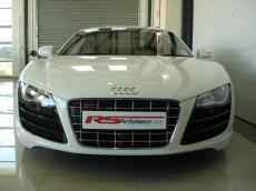 2011 Audi R8 5.2 V10 quattro M/T - Front