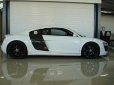 2011 Audi R8 5.2 V10 quattro M/T - Side