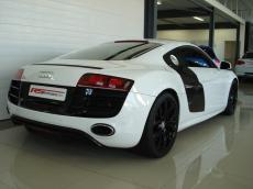 2011 Audi R8 5.2 V10 quattro M/T - Rear 3/4