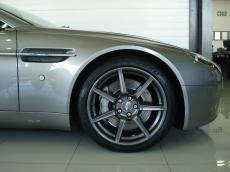 2008 Aston Martin V8 Vantage Coupe - Detail