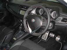 2015 Alfa Romeo Giulietta 1750 QV TCT Squadra Corse - Interior