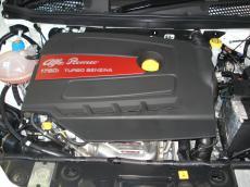 2015 Alfa Romeo Giulietta 1750 QV TCT Squadra Corse - Engine