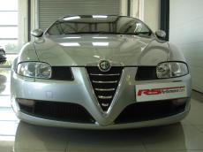 2006 Alfa Romeo GT 3.2 V6 Distinctive - Front