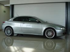 2006 Alfa Romeo GT 3.2 V6 Distinctive - Side