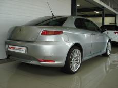 2006 Alfa Romeo GT 3.2 V6 Distinctive - Rear 3/4