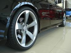 2011 Audi RS5 Coupe quattro S tronic - Detail