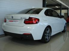 2015 BMW M235i Sport Auto (F22) - Rear 3/4