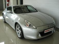 2012 Nissan 370Z Coupe A/T - Front 3/4