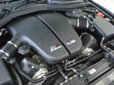2009 BMW M6 Convertible (E64) - Engine