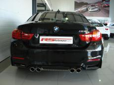 2015 BMW M4 Coupe M-DCT - Rear