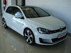 2015 VW Golf VII GTI 2.0 TSI DSG - Front 3/4
