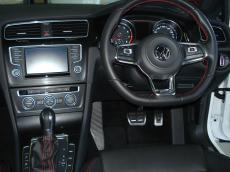 2015 VW Golf VII GTI 2.0 TSI DSG - Interior