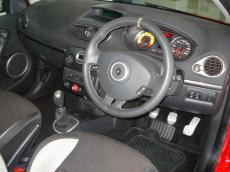 2010 Renault Clio RS 200 - Interior