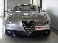 2013 Alfa Romeo Giulietta 1750 TBi QV - Front