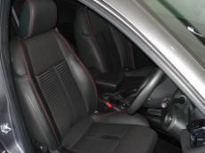 2013 Alfa Romeo Giulietta 1750 TBi QV - Seats