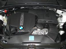 2010 BMW 135i Coupe M-Sport DCT - Engine
